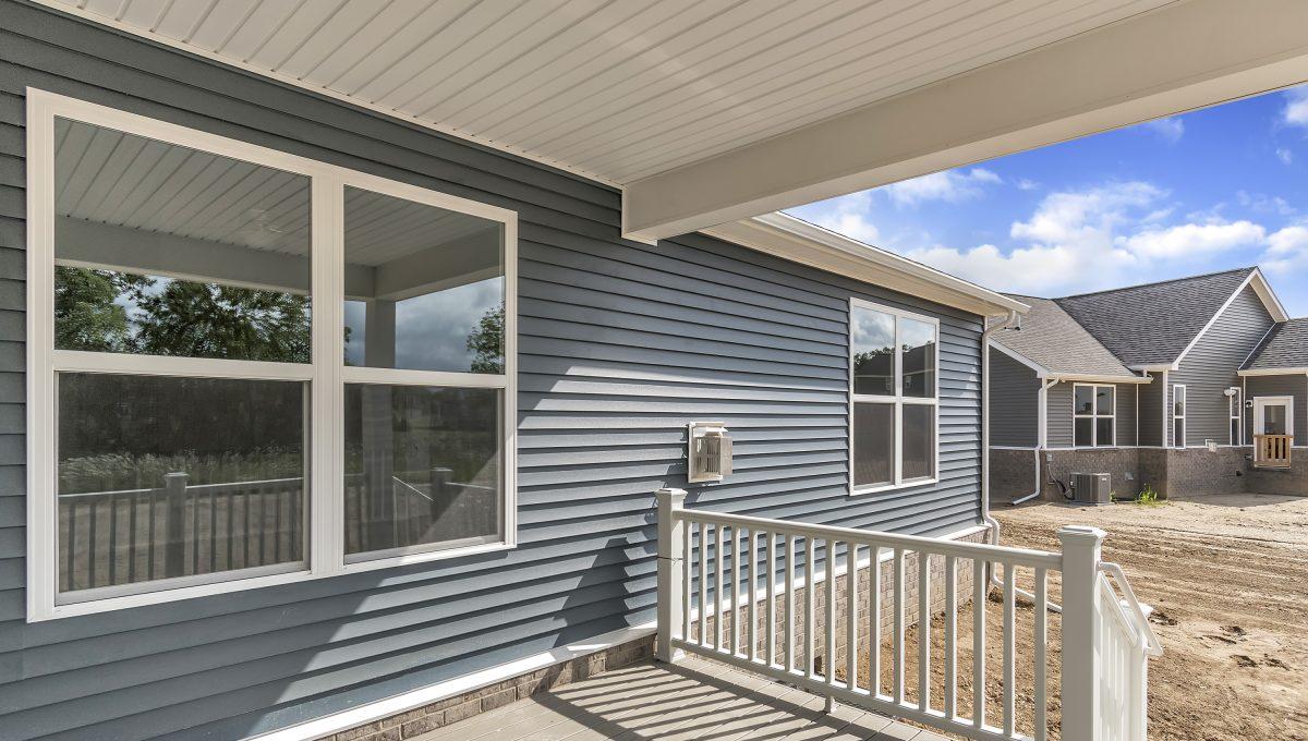 Site-44-Walnut-View-Dr-Hartland-MI-windowstill-34